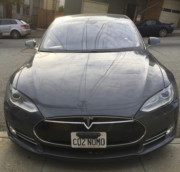 Tesla With License Plate CO2 NOMO